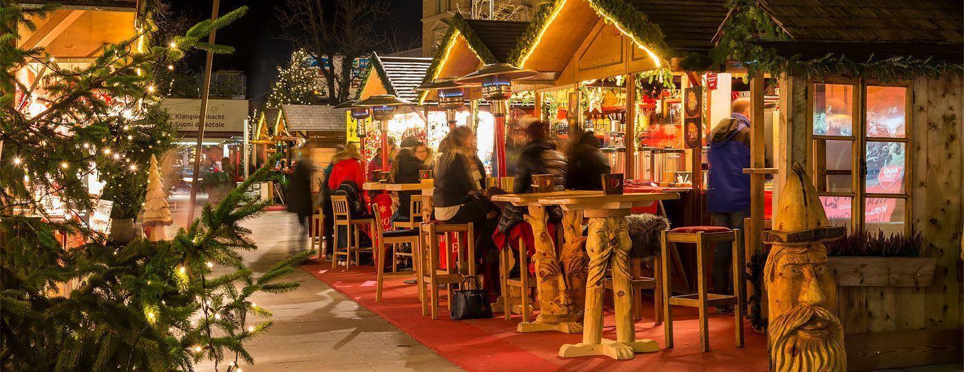 Brunico Mercatini Di Natale Foto.Mercatini Di Natale Brunico La Magia Del Natale In Alto Adige