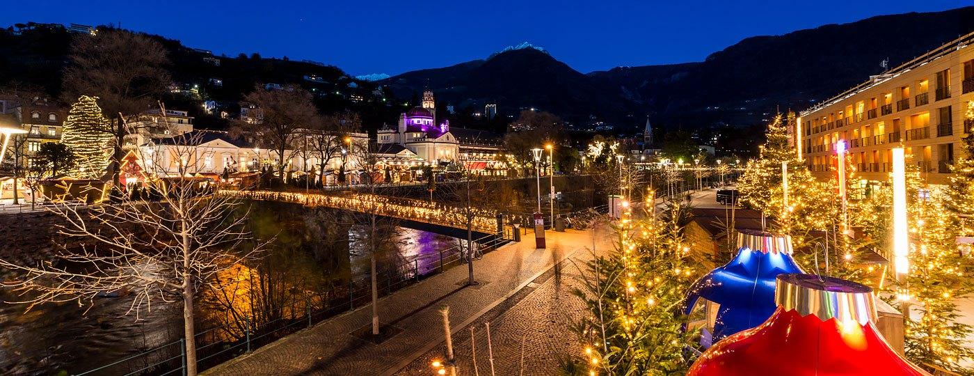 Foto Merano Mercatini Di Natale.Mercatini Di Natale Di Merano La Magia Della Citta Termale